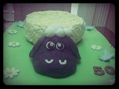 Tarta de oveja por el cumpleaños de Pilar. Sheep cake