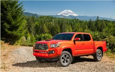 When General Motors unveiled the compact pickups Chevrolet Colorado and GMC Canyon last fall, the presenters have stressed that the launch was opportunistic because competition was relatively low. If Nissan has not replica on arrival of this duo, Toyota has to broaden its product with a completely revised model Tacoma whose development has debuted in 2012.   #auto #autoes #car #carsguide #GettingStarted #Test #TheCarGuideTestsandFeatures #thecars #ToyotaTacoma2016Moresophis
