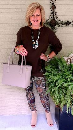 Fashion over 50 over fifty summer dresses stylish at 50 20181204 Over 50 Womens Fashion, 50 Fashion, Fall Fashion Trends, Fashion Over 40, Women's Fashion Dresses, Autumn Fashion, Woman Fashion, Ladies Fashion, Fashion Blogs