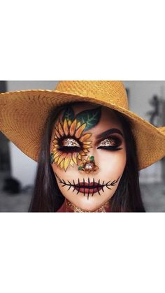 Looking for for inspiration for your Halloween make-up? Browse around this site for cute Halloween makeup looks. Halloween Costumes Scarecrow, Cute Halloween Makeup, Halloween Makeup Looks, Scary Halloween, Scarecrow Makeup, Kids Halloween Face Paint, Halloween Face Paintings, Scarecrow Face Paint, Halloween Makeup Tutorials