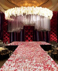 Extreme living chandelier As a mandap for Indian wedding
