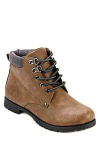 HIKER BOOT - definitely a staple this season. Durable and perfect for all those winter adventures, but also a fun, casual look for anyone! Winter Essentials, Mr Price Clothing, Timberland Boots, Lady, Casual Looks, Style Icons, Hiking Boots, Winter Fashion, Style Inspiration