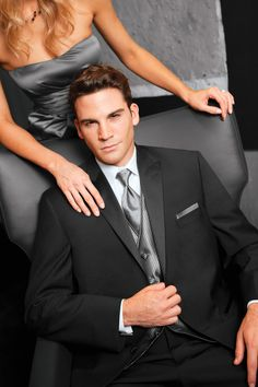 Lauren Ralph Lauren Saville Modern Fit Tuxedo | Jim's Formal Wear