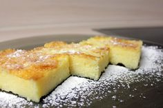 Saftige Grießschnitten von Any-Blum Easy Desert Recipes, Easy Baking Recipes, Vegetarian Recipes Easy, Filipino Desserts, Easy Desserts, Dessert Recipes, Easy Meals For One, Cheap Easy Meals, Sin Gluten