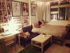 1000 個台北人家 1000 Taipei Homes Indian Room Decor, Aesthetic Rooms, Room Layout, Home, Interior Design Living Room, Interior, Home Bedroom, Diy Apartments, Small Room Layouts