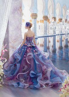 Awesome 70 Fairy Tale Wedding Dress Ideas 70 fantastiche idee per abiti da sposa d. Quinceanera Dresses, Prom Dresses, Formal Dresses, Fantasy Gowns, Beautiful Gowns, Dream Dress, The Dress, Pretty Dresses, Awesome Dresses