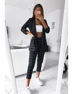 Chic and casual outfits 2019 charming, spring summer outfits ideas nice gorgeous teen fashion outfits Cute Casual Outfits, Stylish Outfits, Casual Skirts, Work Outfits, Outfits Jeans, Outfit Work, Look Fashion, Fashion Outfits, Fashion Clothes