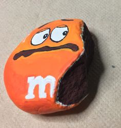 M&M painted rock -by kerry kerrys painted rocks рисунки, камни, детские