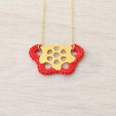 Red Necklace, Dainty Necklace, Short Necklace, #jewelry #necklace @EtsyMktgTool http://etsy.me/2iHxfIF #crochetnecklace #colorfuljewelry