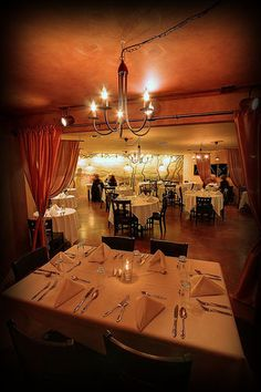 """Subterra Restaurant: """"Affordable, white tablecloth dining, in the heart of Newberg, OR"""""""