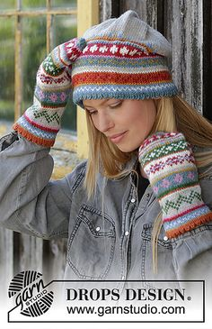 Knitted hat in DROPS Karisma. The piece is worked with folded edge and Nordic pattern. Knitted mittens in DROPS Karisma. The piece is worked with a folded edge and Nordic pattern. Fair Isle Knitting Patterns, Christmas Knitting Patterns, Knitting Designs, Mittens Pattern, Knit Mittens, Knitted Hats, Drops Design, Tejido Fair Isle, Striped Mittens