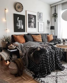 home decor eclectic home decor homedecor Beautiful Eclectic Bedroom D. - home decor eclectic home decor homedecor Beautiful Eclectic Bedroom Decor Ideas - Interior, Home, Home Bedroom, Bedroom Interior, Living Room Decor, Bohemian Bedroom Decor, Room Inspiration, Eclectic Decor Bedroom, Eclectic Bedroom