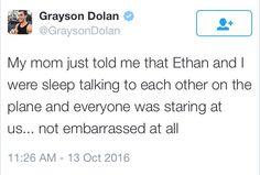 """""""Mi mamá acaba de decirme que Ethan y yo estábamos hablando dormido el uno con el otro en el avión y todo el mundo estaba mirándonos... No estoy avergonzado en lo absoluto"""" kote Toledo"""