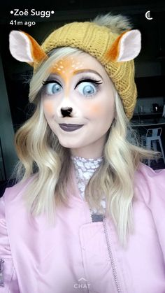 Discovered by L a r r y . Find images and videos about zoella and zoe sugg on We Heart It - the app to get lost in what you love. Zoella Beauty, Zoe Sugg, Ricky Dillon, Vlog Squad, Joey Graceffa, Jc Caylen, Tyler Oakley, Playing With Hair, Shane Dawson