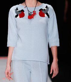 Модные женские свитера 37