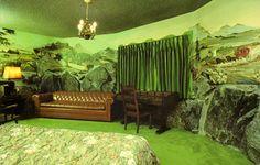 Room 178: Mountain Cabin  #madonnainn #sanluisobispo #california #centralcoast #usa #uniquehotels #iconic #americana #fun #funky #kitsch #retro #vintage