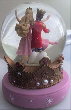 2001 Barbie in The Nutcracker Wind-up Musical Snow Globe Waltz of the Flowers