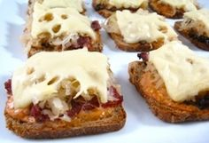 Skinny Mini Reuben Appetizers (1 Point Per Serving)