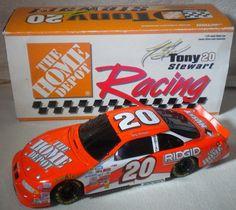 1/24 Tony Stewart #20 Home Depot 1999 BLACK WINDOW FIRST DieCast NASCAR Rookie…