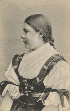 Pavol Socháň: Dievča z Rakova (Turiec) 1895-1913, Slovakia