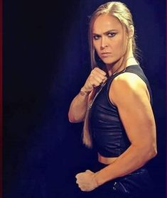 Ronda Rousey Wwe, Ronda Jean Rousey, Female Mma Fighters, Ufc Fighters, Mma Boxing, Boxing Workout, Wwe Divas Paige, Rowdy Ronda, Taekwondo