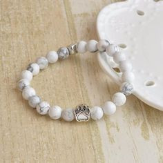 Beautifully crafted stone cat bracelet. Perfect gift for cat lovers. Get yours today at https://meowcats-store.com/collections/sale/products/cat-charm-bracelet