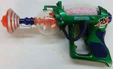 1996 Trendmasters Inc / Topps MARS ATTACKS raygun toy