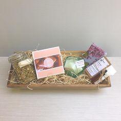 Mother's Day gift basket #giftformom #mothersday #etsy #mom #giftset #freeshipping #giftforher #ujjayiboutique #ujjayi