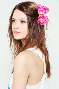 Blooming Flower Hair Clip #urbanoutfitters