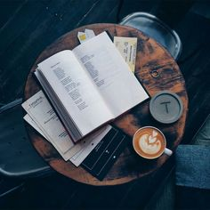 Oliver Baier: The end of service encounters and customer relationships - Coffee And Books, Coffee Love, Study Hard, Study Inspiration, Study Motivation, Homework Motivation, Studyblr, Study Notes, Me Time
