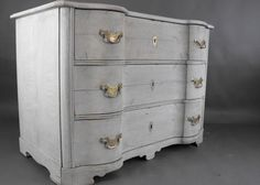 Bow fronted Antique chest of drawers