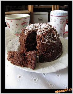 Bábovková nouzovka z hrnku pečená v mikrovlnce Muffin, Breakfast, Food, Morning Coffee, Essen, Muffins, Meals, Cupcakes, Yemek