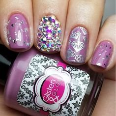 Stacey @thepolishedpage Instagram profile - Pikore