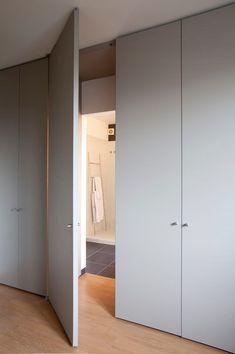Choosing The Right Wardrobe Doors Tips Wardrobe Door Designs, Wardrobe Doors, Wardrobe Closet, Bedroom Closet Design, Room Interior Design, Bathroom Interior, Bedroom Cupboards, Interior Architecture, Living Room Designs