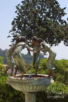 Girls At Play Bronze Fountain
