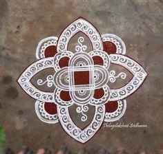 Rangoli and Art Works: PADI KOLAM Free Hand Rangoli Design, Small Rangoli Design, Rangoli Designs Diwali, Rangoli Designs With Dots, Kolam Rangoli, Rangoli With Dots, Kolam Designs, Simple Rangoli, Free Hand Designs Drawing