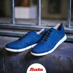 Grab a pair of blue suede Bata sneakers and reach for your goals. Bata Shoes, Men's Shoes, Suede Sneakers, Adidas Sneakers, Blue Suede, Adidas Stan Smith, Shoe Collection, Moccasins, Oxford