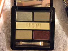 Buxom shadow swatched one color