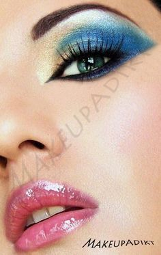 blue and beige make up by makup addikt