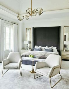 Bedroom interior - Inside the Modern Toronto Home Tour That Screams Chic (MyDomaine) – Bedroom interior Modern House Design, Modern Interior Design, Interior Designers Toronto, Interior Colors, Gray Interior, White Bedroom, Bedroom Modern, Cozy Bedroom, Contemporary Bedroom