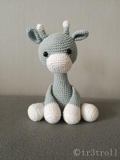 Ravelry: Iggy the Giraffe pattern by Mamma Mailan Giraffe Crochet, Crochet Dinosaur, Dinosaur Pattern, Giraffe Pattern, Crochet Animals, Cute Crochet, Crochet Toys, Crochet Baby, Amigurumi Patterns