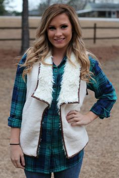 Cabin Fever Faux Fur Vest: Beige - Off the Racks Boutique