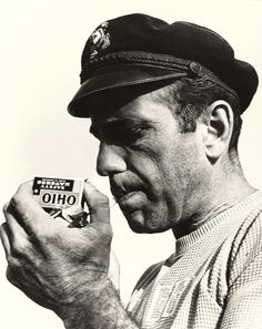 Humphrey Bogart, sailor's hat