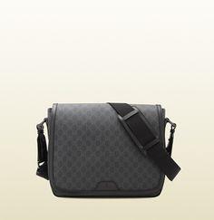 GG supreme canvas messenger bag