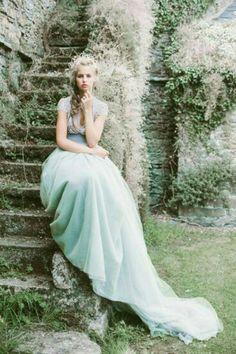 something blue Wedding Inspiration - Style Me Pretty Photo Portrait, Moda Boho, Blue Wedding Dresses, Wedding Gowns, Something Blue, Belle Photo, Dream Wedding, Gold Wedding, Marie