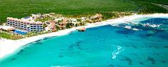 View of El Dorado Maroma from the parasailing trip