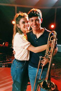 Amaia y Alfred, cuando en tiempos de regaeton, tú tocas el trombón ❤