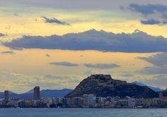 Hay perfiles inconfundibles... ;) #Alicante #MifotoAlicante #CostaBlanca
