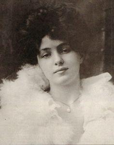 Evelyn Nesbit - The Chorus Girl