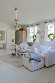 There are certain elements in this beautiful room that I love. from Jennys home and harmony Transitional Home Decor, Swedish House, Beautiful Living Rooms, White Rooms, Shabby Chic Cottage, Scandinavian Home, Decoration, Feng Shui, Family Room